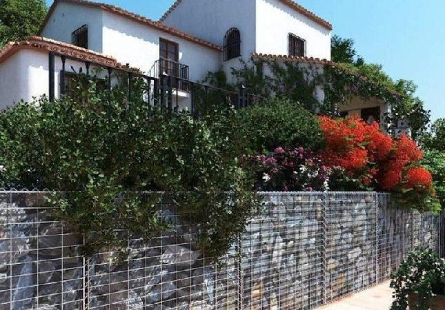 Vallas y cerramientos para delimitar tu jardín